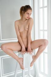 https://t11.pixhost.to/thumbs/224/47187758_femjoy_16227409_061.jpg