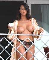 https://t11.pixhost.to/thumbs/258/47374904__claudia-galanti-topless__31_.jpg