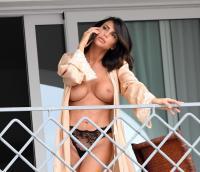 https://t11.pixhost.to/thumbs/258/47374935__claudia-galanti-topless__53_.jpg
