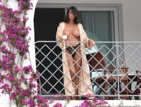https://t11.pixhost.to/thumbs/258/47374943__claudia-galanti-topless__56_.jpg