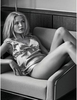 Camilla Forchhammer Christensen  -  Glamour Italy August 2017 -sexy